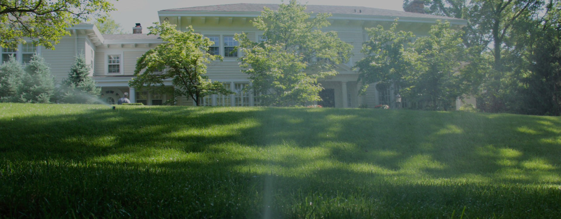 5 Reasons to Install A Sprinkler System this Year